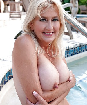 Mature whith stiff nipple add
