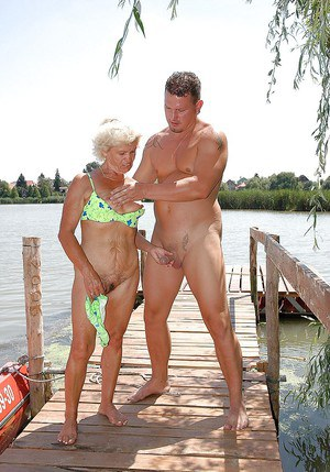 hot old naked grannies