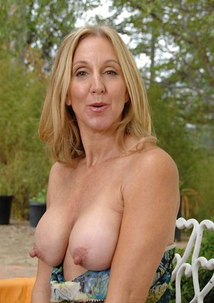 woman hard nipples with Mature