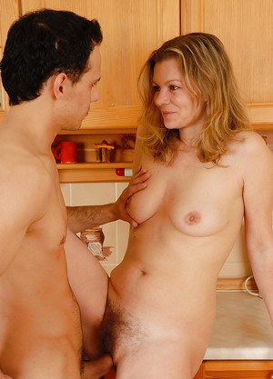 Naked hairy cougar women