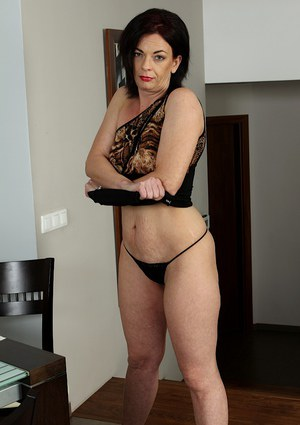 mature-undressing-galleries