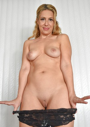 Shaved mature females