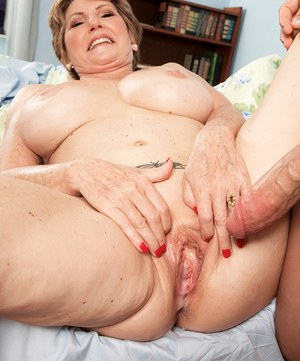 Mature blow and hand job 1